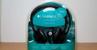Best Noise-Cancelling Headphones for Online Teaching