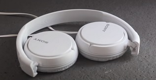 Sony MDRZX110 Headphones