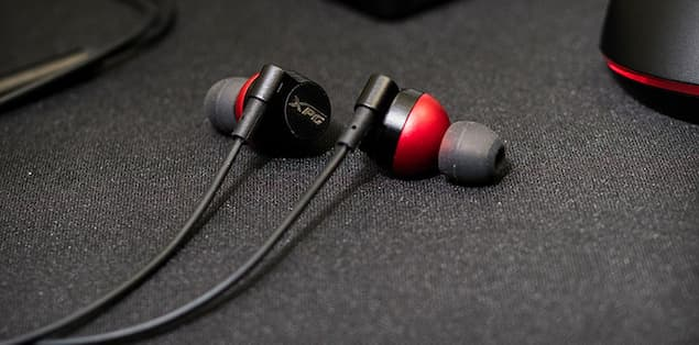Difference between noise-canceling and noise-isolating gaming earbuds