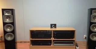 Yamaha NS-555 3-Way Bass Reflex Tower Speaker